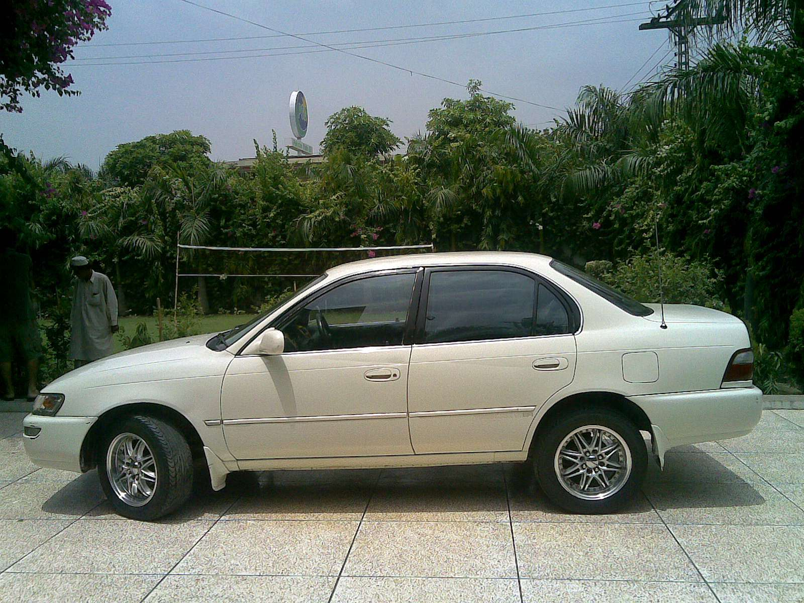 Used 1998 Toyota Corolla for Sale - Lahore, Pakistan - Free