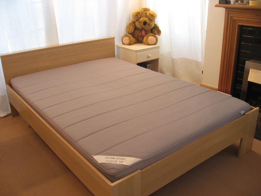 Ikea bed frame with sultan huglo mattress dundee uk for Ikea sultan huglo