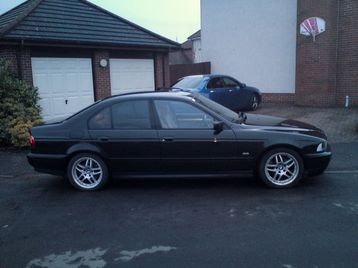 2003 bmw 525d es se e39 glasgow uk free classifieds muamat. Black Bedroom Furniture Sets. Home Design Ideas