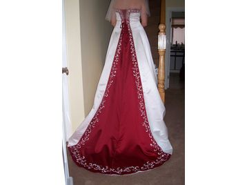Alfred Angelo Wedding Dress Style 1516 Fit Size 14 18 Train Inset Is Claret Red For Sale