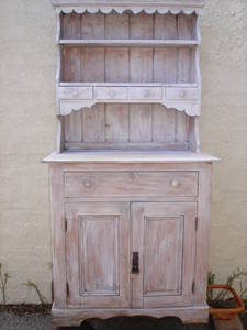 Lime wash pine dresser perth australia free classifieds muamat Lime washed bedroom furniture