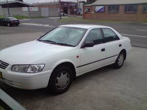toyota camry 2001 white sydney australia free classifieds muamat. Black Bedroom Furniture Sets. Home Design Ideas