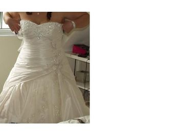 Ivory wedding dress birmingham uk free classifieds for Wedding dress cleaning birmingham