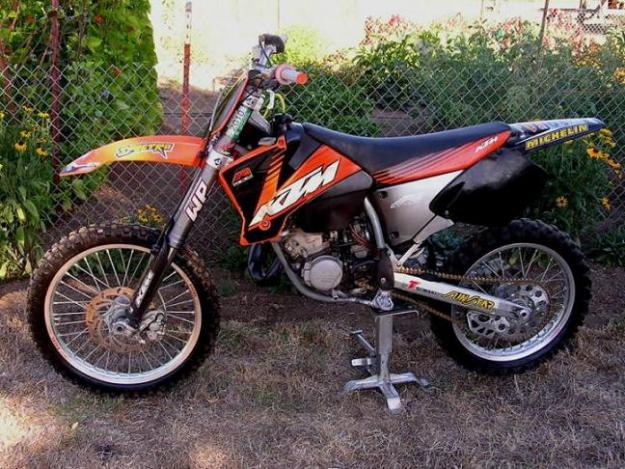 moto ktm 125 sx 2002 en tr s bon tat marseille france free classifieds muamat. Black Bedroom Furniture Sets. Home Design Ideas