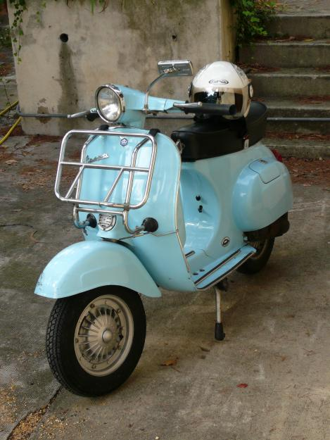 pin vendre vespa 125 150 cc side car neuf moto occasion paris on pinterest. Black Bedroom Furniture Sets. Home Design Ideas