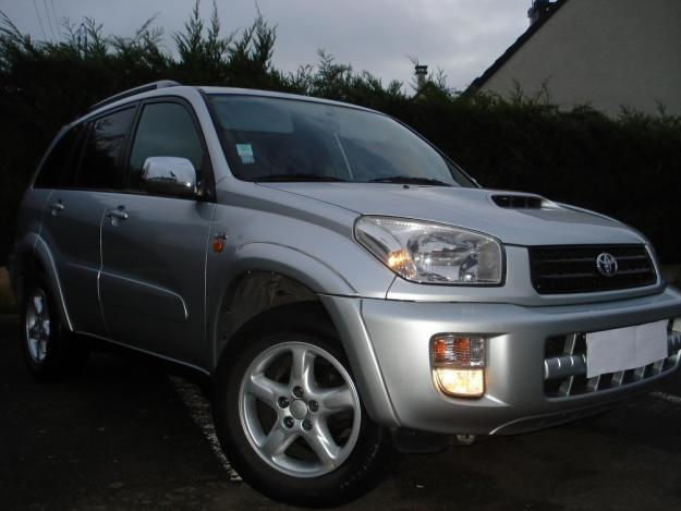 Vend toyota rav4 d4d 115cv 5 portes france free for Garage toyota angers