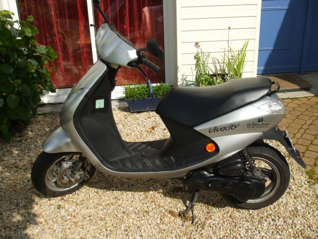 Nantes france ads for vehicles motorcycles 2 free for Garage honda poitiers