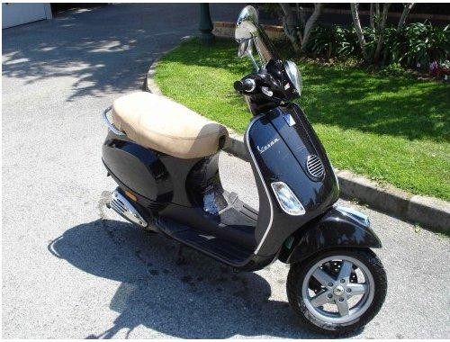 vespa 50cc neuf nice france free classifieds muamat. Black Bedroom Furniture Sets. Home Design Ideas