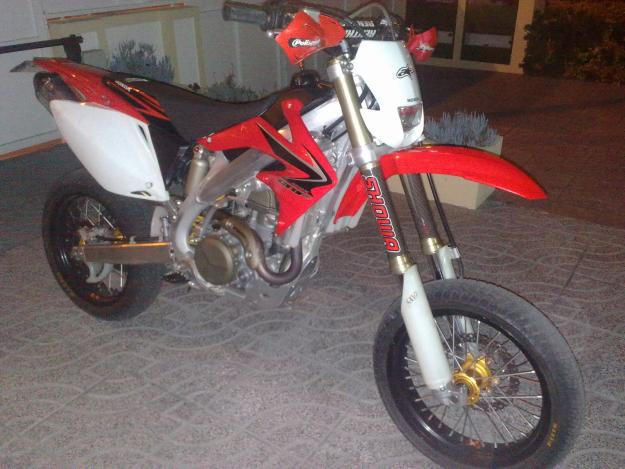 honda crf 450 x enduro supermotard for sale porto portugal free classifieds muamat. Black Bedroom Furniture Sets. Home Design Ideas