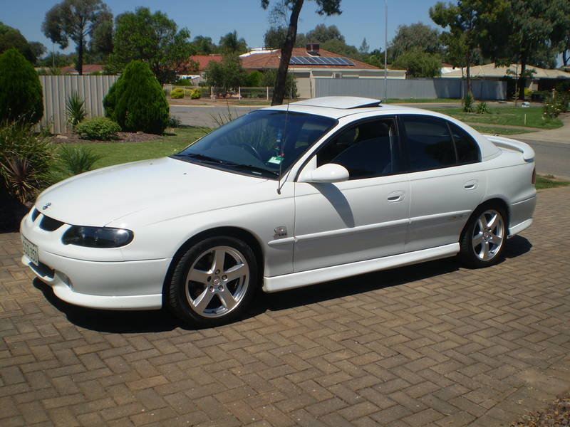 2001 Holden Commodore SS Wagon related infomation
