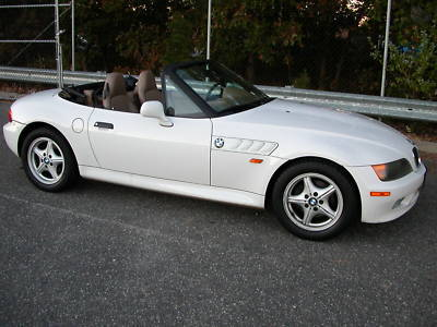 1997 bmw z3 convertible roadster automatic for sale san francisco usa free classifieds muamat. Black Bedroom Furniture Sets. Home Design Ideas