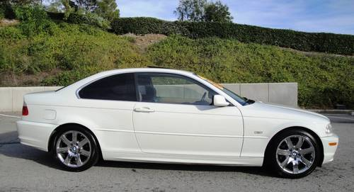 2002 bmw 325ci sport pkg auto white 97k mi for sale new york usa free classifieds muamat. Black Bedroom Furniture Sets. Home Design Ideas