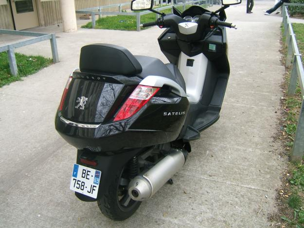 scooter peugeot satelis 125 for sale lyon france free classifieds muamat. Black Bedroom Furniture Sets. Home Design Ideas