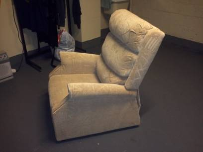 Cozy Recliner For Sale Los Angeles Usa Free Classifieds Muamat