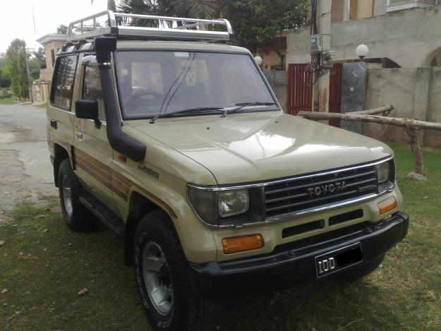 TOYOTA Land Cruiser 1990 in good condition for sale ...