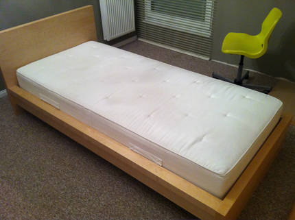 ikea malm bett 90x200 for sale kaiserslautern germany free classifieds muamat. Black Bedroom Furniture Sets. Home Design Ideas