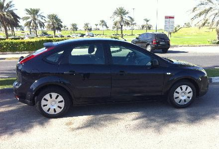 Ford Focus Automatic 2007 Dark Blue Color In V G C For Sale Dubai
