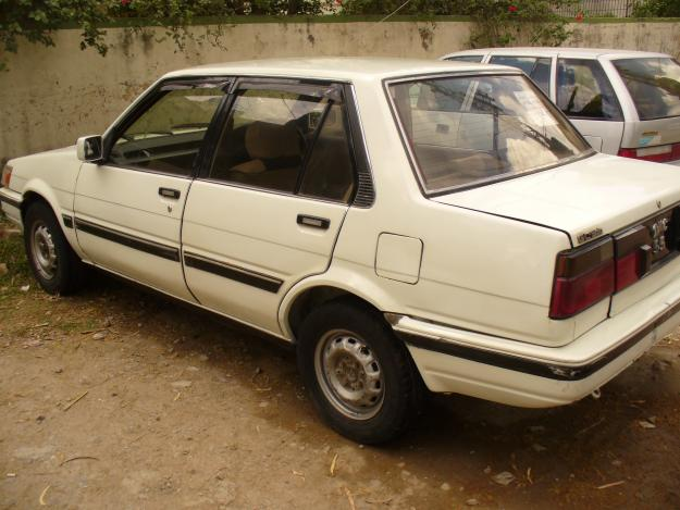 toyota corolla 1986 model white color for sale in islamabad islamabad pakistan free. Black Bedroom Furniture Sets. Home Design Ideas