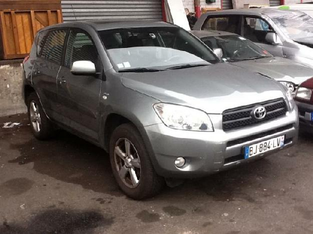 toyota rav4 d4d 136cv for sale paris france free classifieds muamat. Black Bedroom Furniture Sets. Home Design Ideas