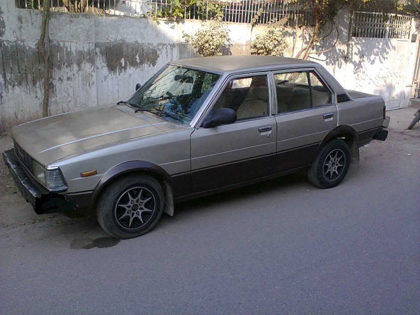 Toyota Corolla 1982 Golden Color For Sale