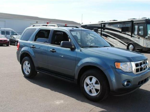 2012 ford escape xlt for sale halifax canada free classifieds muamat. Black Bedroom Furniture Sets. Home Design Ideas