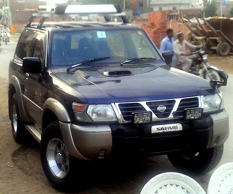 Nissan Patrol Safari Jeep 2000 Model For Sale Lahore