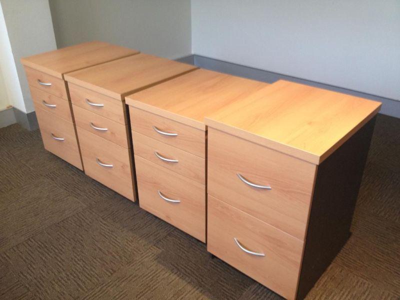 Office Furniture Desks Chairs Cupboards Brisbane Australia Free Classifieds Muamat